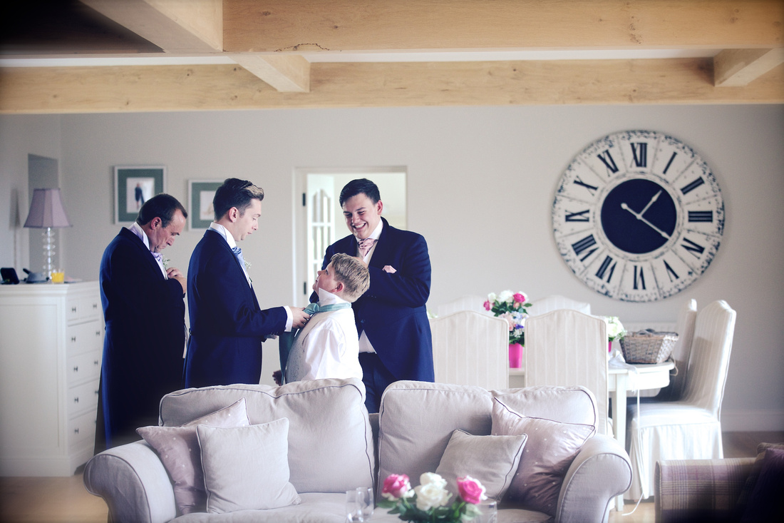 Arundel Cathedral Wedding - Amy Beau 0117
