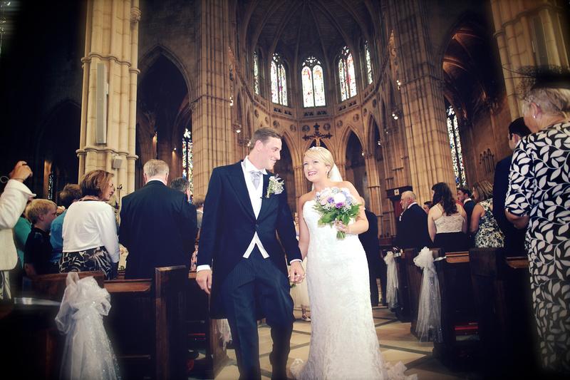 Arundel Cathedral Wedding - Amy Beau 0307