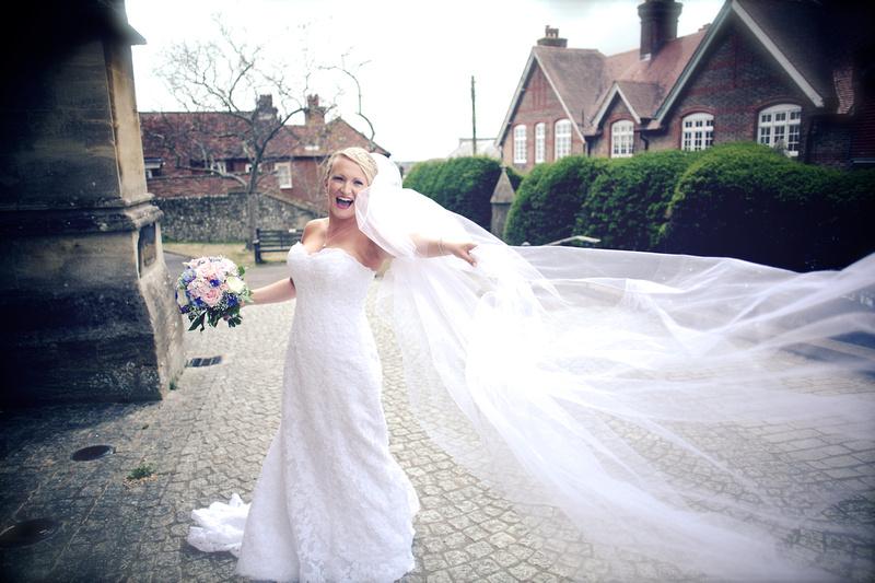 Arundel Cathedral Wedding - Amy Beau 0323